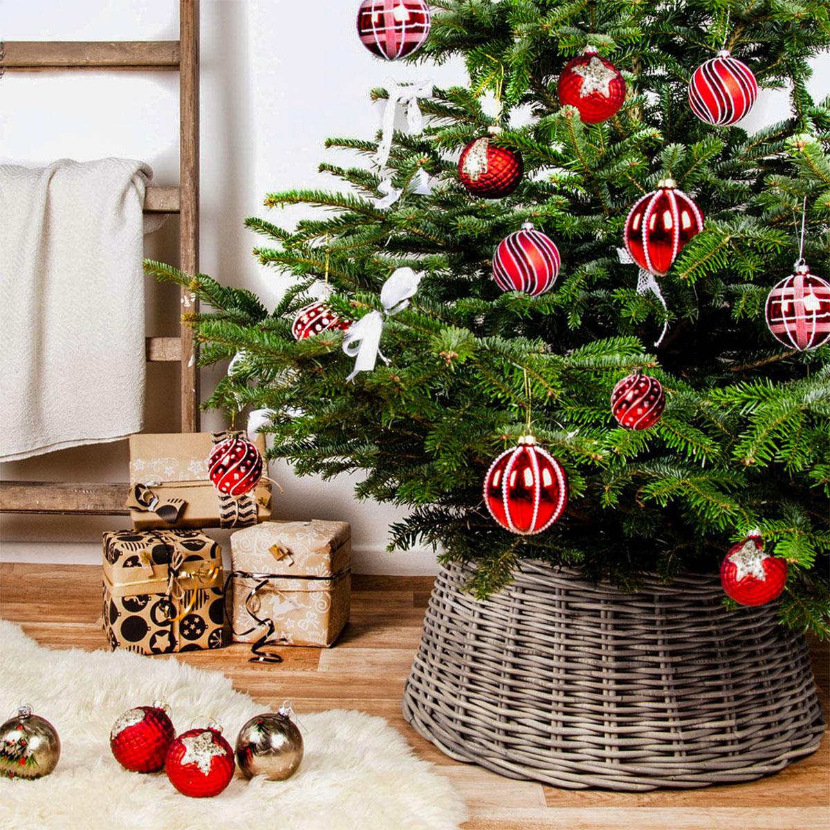 Zierkorb für den Weihnachtsbaumständer Image